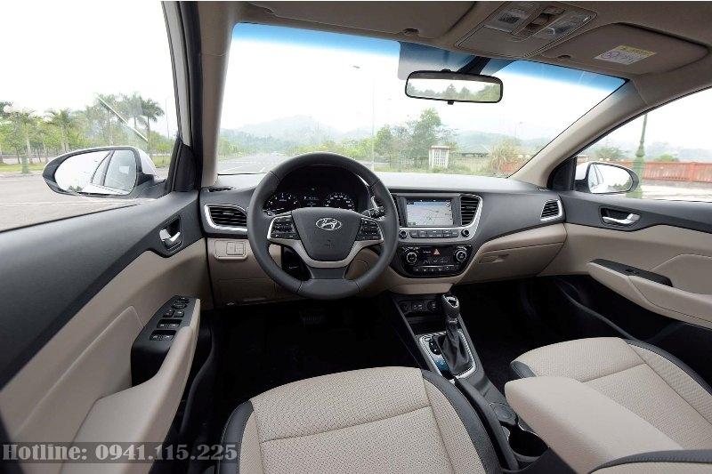 Nội thất Hyundai Accent 2020 số tự động