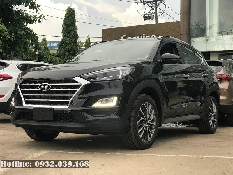 Hyundai Tucson 2019 máy xăng màu đen