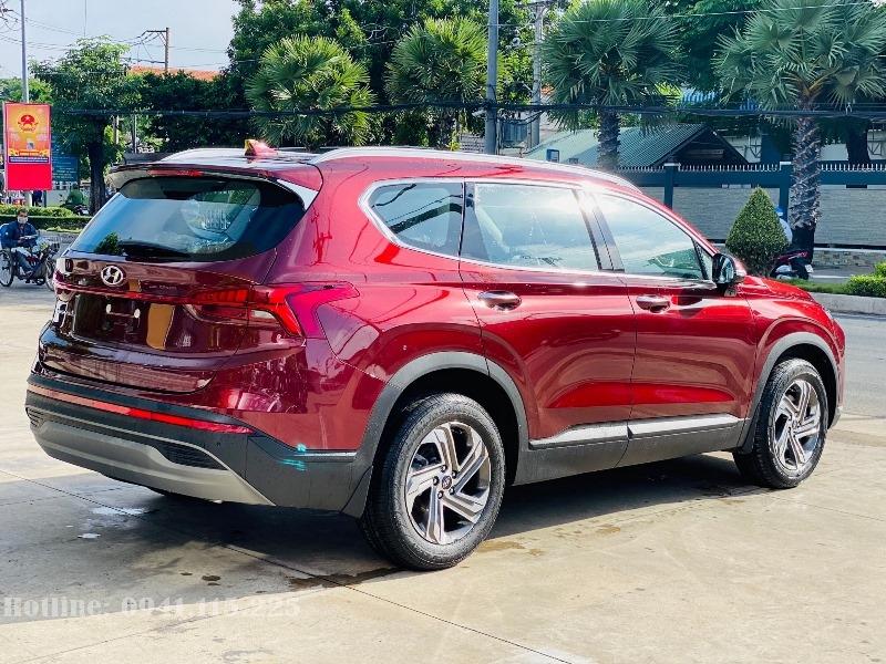 Hyundai Santafe 2021 màu đỏ