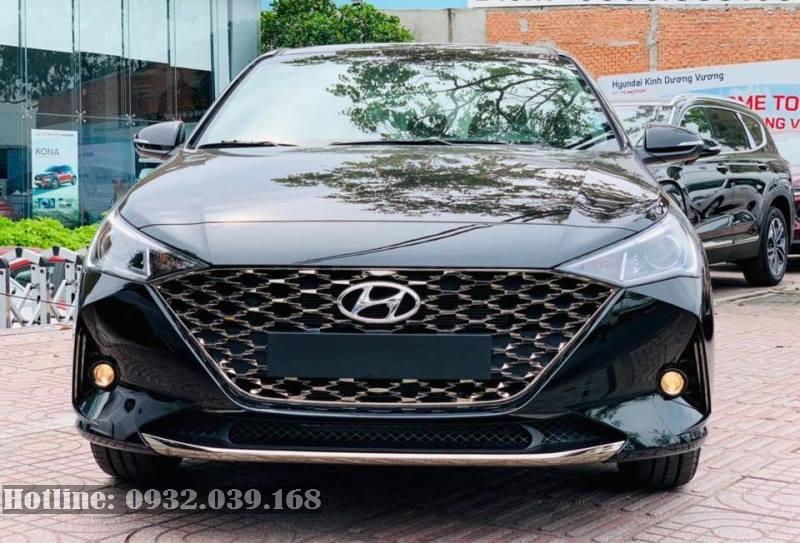 Hyundai Accent 2021 số sàn màu đen