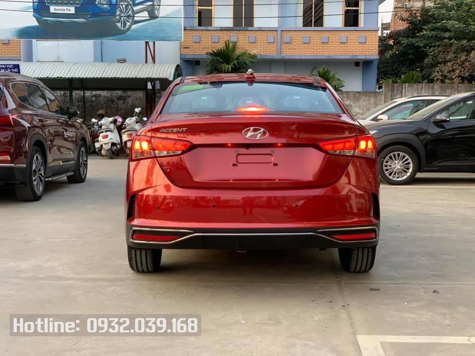Hyundai Accent 2021 số sàn màu Màu Đỏ